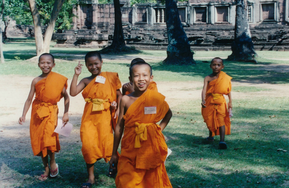 Young Monks Phi Mai